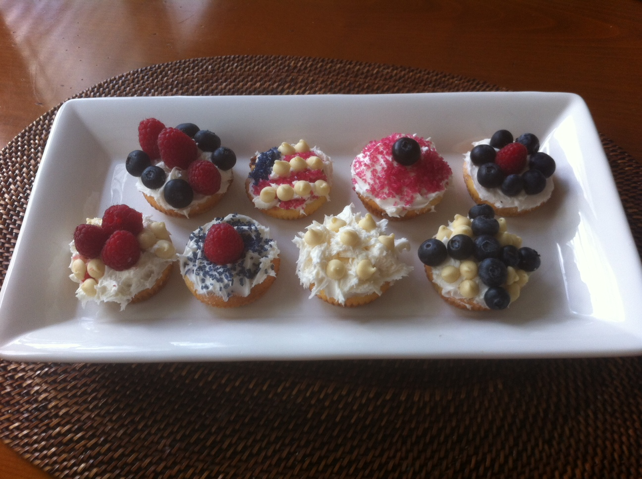Kate 4th of July cupcakes